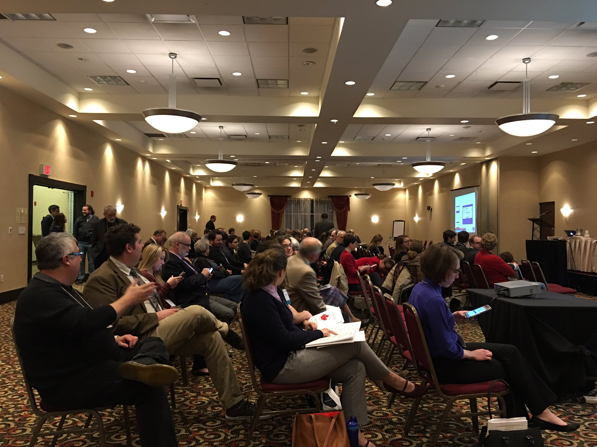 Packed house for tonight's plenary lecture by Peter Bing (UToronto), Playing with Time: Anachronism in Ancient Literature #CAMWS17 https://t.co/8zZWFA0FNw