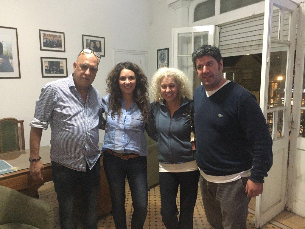 Cristina carlino family - 1 Reply 20 Retweets 15 Likes