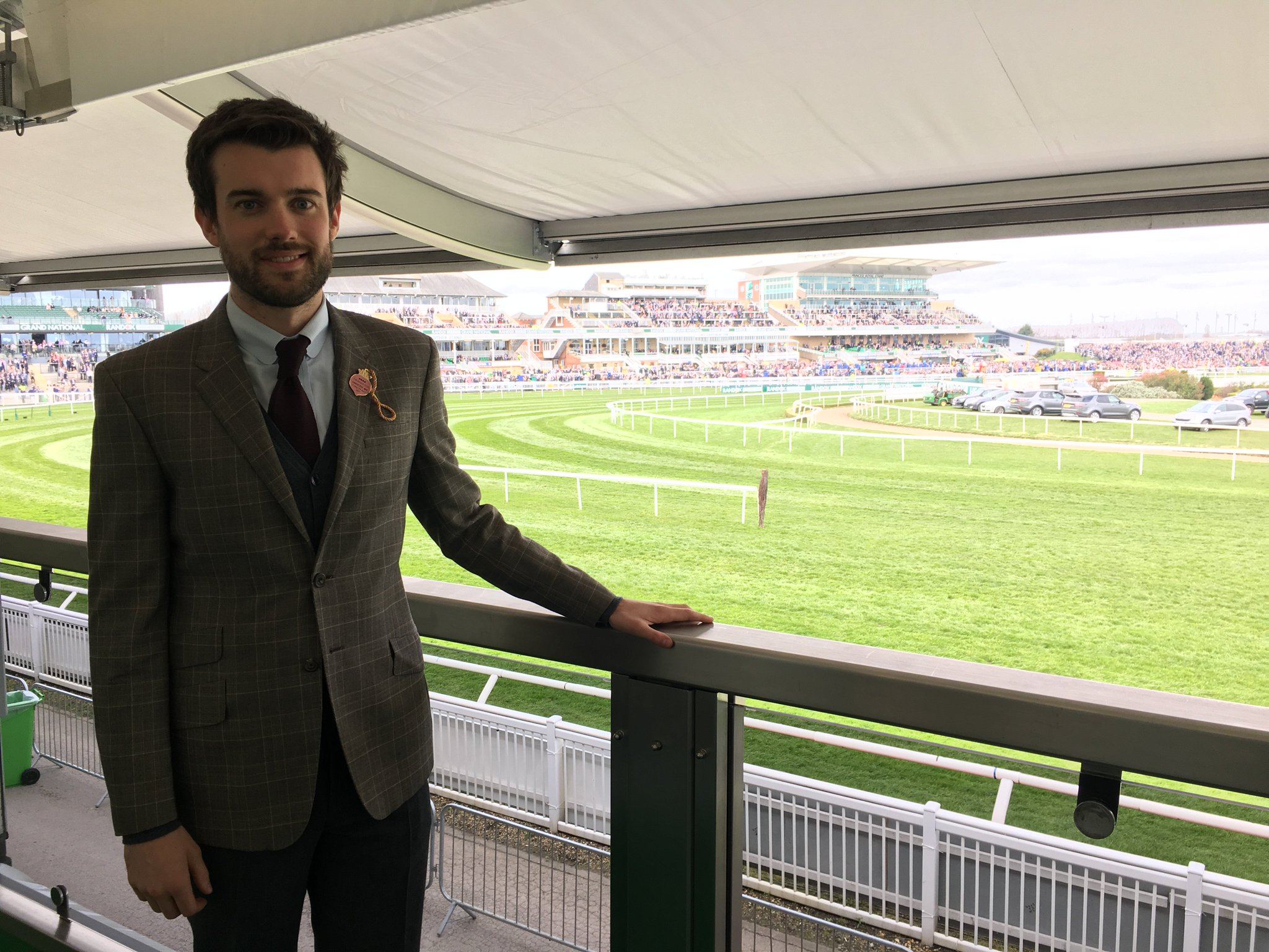 Day at the racing. (I do have friends honest - they're just not in this picture) @TheJockeyClub #grandnational https://t.co/bJX1w77YtD