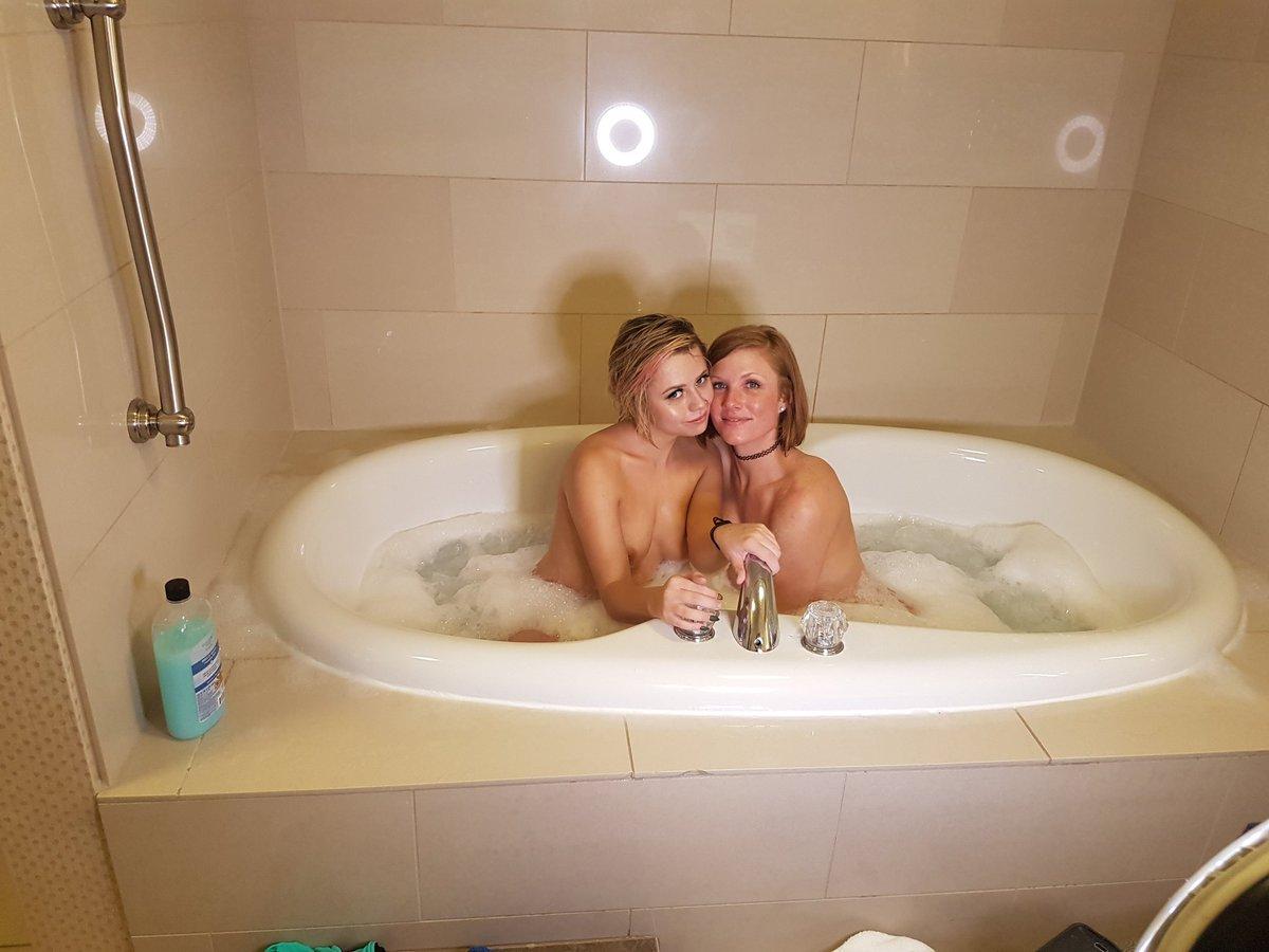 Bubblebath milf