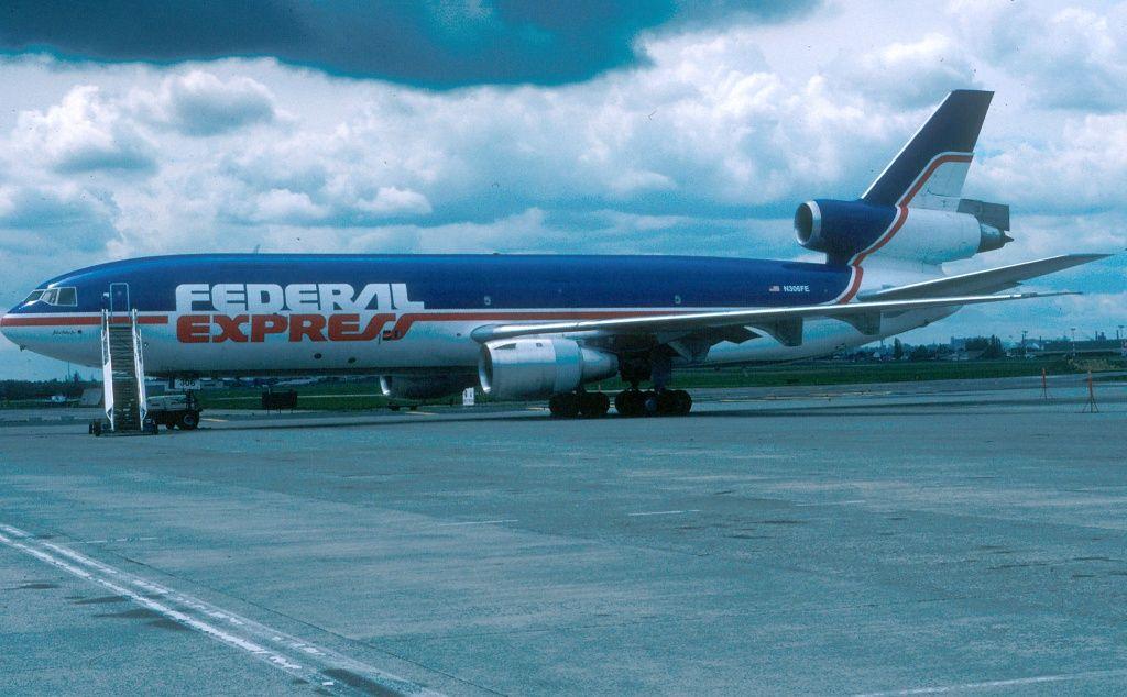fed ex flight 1406 emergency response essay Gallery custom vehicle car wrap fort lauderdale miami palm.