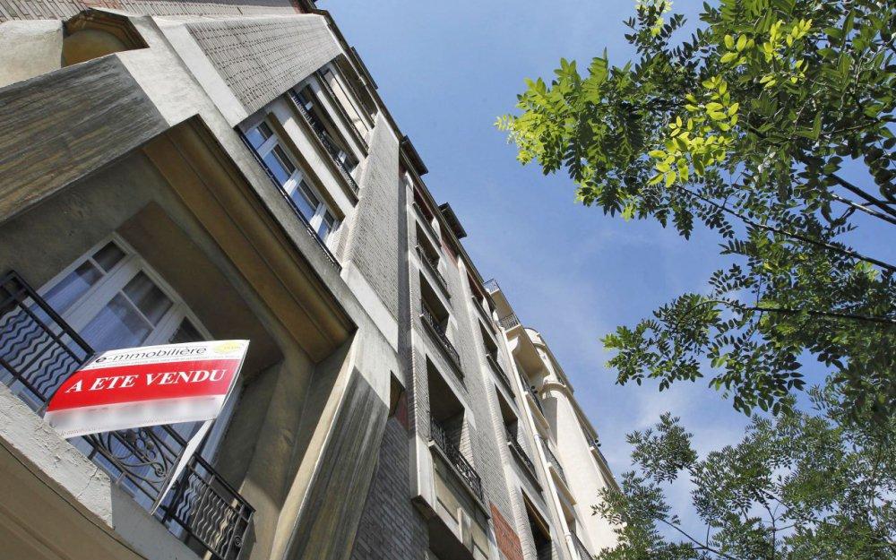#Immobilier : les #taux faibles permettent d'emprunter sans apport via @le_Parisien  http:// bit.ly/2ouFJDo  &nbsp;  <br>http://pic.twitter.com/wqGlaLKyQB