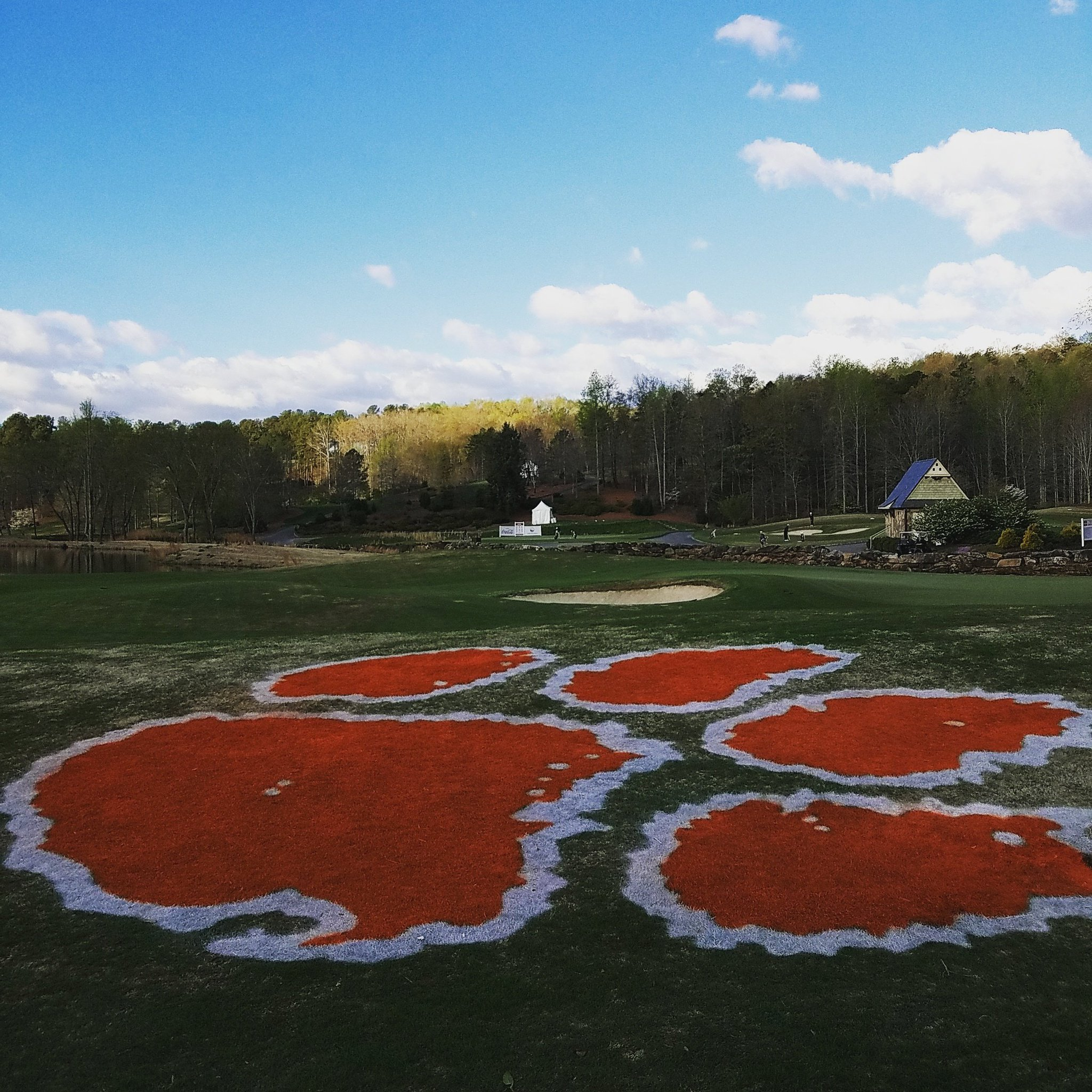 It's a beautiful morning and the #ClemsonInvitational starts in 10 minutes @CliffsLiving! Live stats: https://t.co/Naff6ekwtK https://t.co/teaV7liGXp