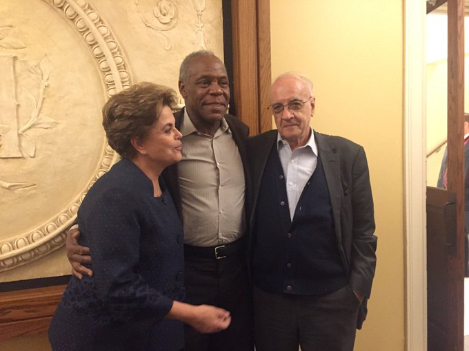 Dani Glover veio visitar a Dilma