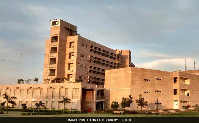 Attendance woes? IIT Delhi resorts to beacons, smart phones https://t.co/qbGow4C7y9