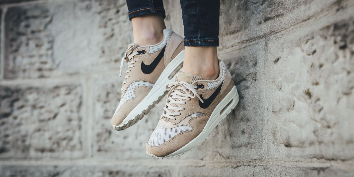 086521bafcbf nike air max 1 pinnacle mushroom oatmeal Nike Air Jordan Retro 4 IV Toro  Bravo 2013 Review and On Feet ...