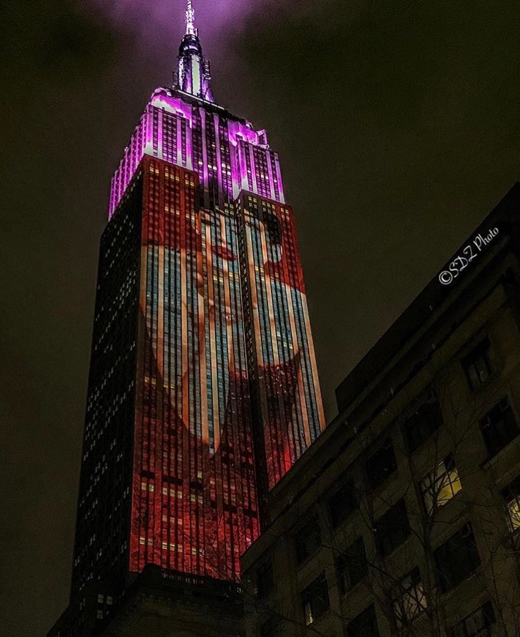 """Anne Hathaway On Twitter: """"The Empire State Be Looking"""