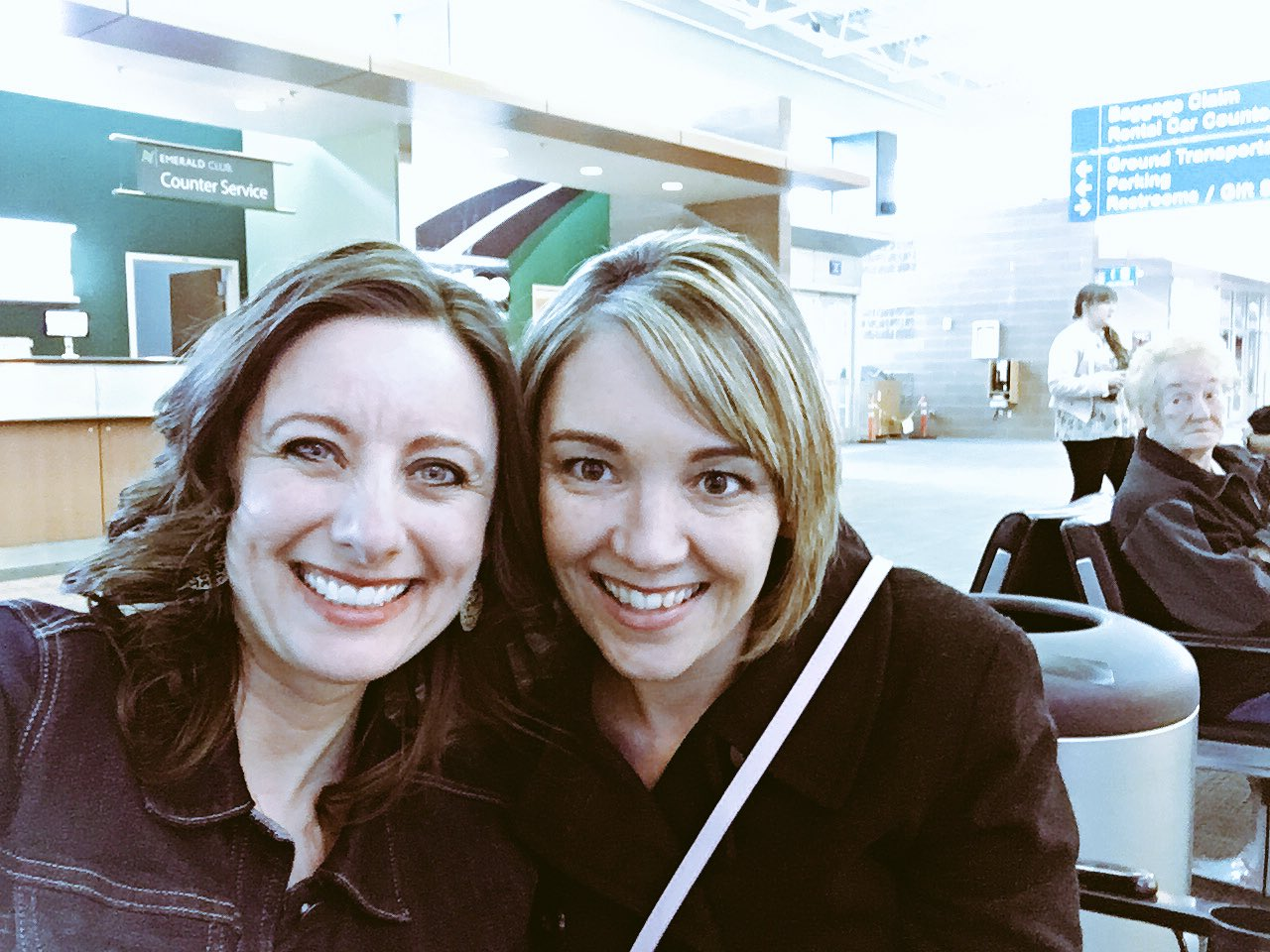 Hi #XPLAP!  Jumping in for just a bit tonight. @hmarrs24 & I waiting for @MichaelJaberEDU to arrive at airport for our @SO_EdTechSummit! https://t.co/AXGln9pKxe