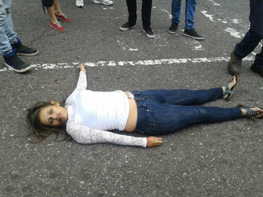 #miercolesintratable.....Esto quieren los peronchos y kukas hacia esto marchábamos gracias a dios cambiamos.Pobre las personas de Venezuela https://t.co/RT5Xiuf6pJ