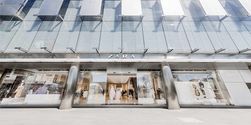 #Inditex vs #elcorteingles: two stories, two fashion giants  http:// thecorner.eu/companies/the- strange-and-very-different-stories-of-spains-two-fashion-giants/63481/ &nbsp; … <br>http://pic.twitter.com/DuMva70qug