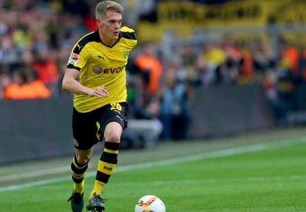 Le RB #Leipzig prêt à proposer €15M au #Borussia Dortmund pour le défenseur international allemand Matthias #Ginter (23) selon SportBildpic.twitter.com/AOOvIQS8a2
