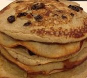 Gingerbread Raisin Pancakes