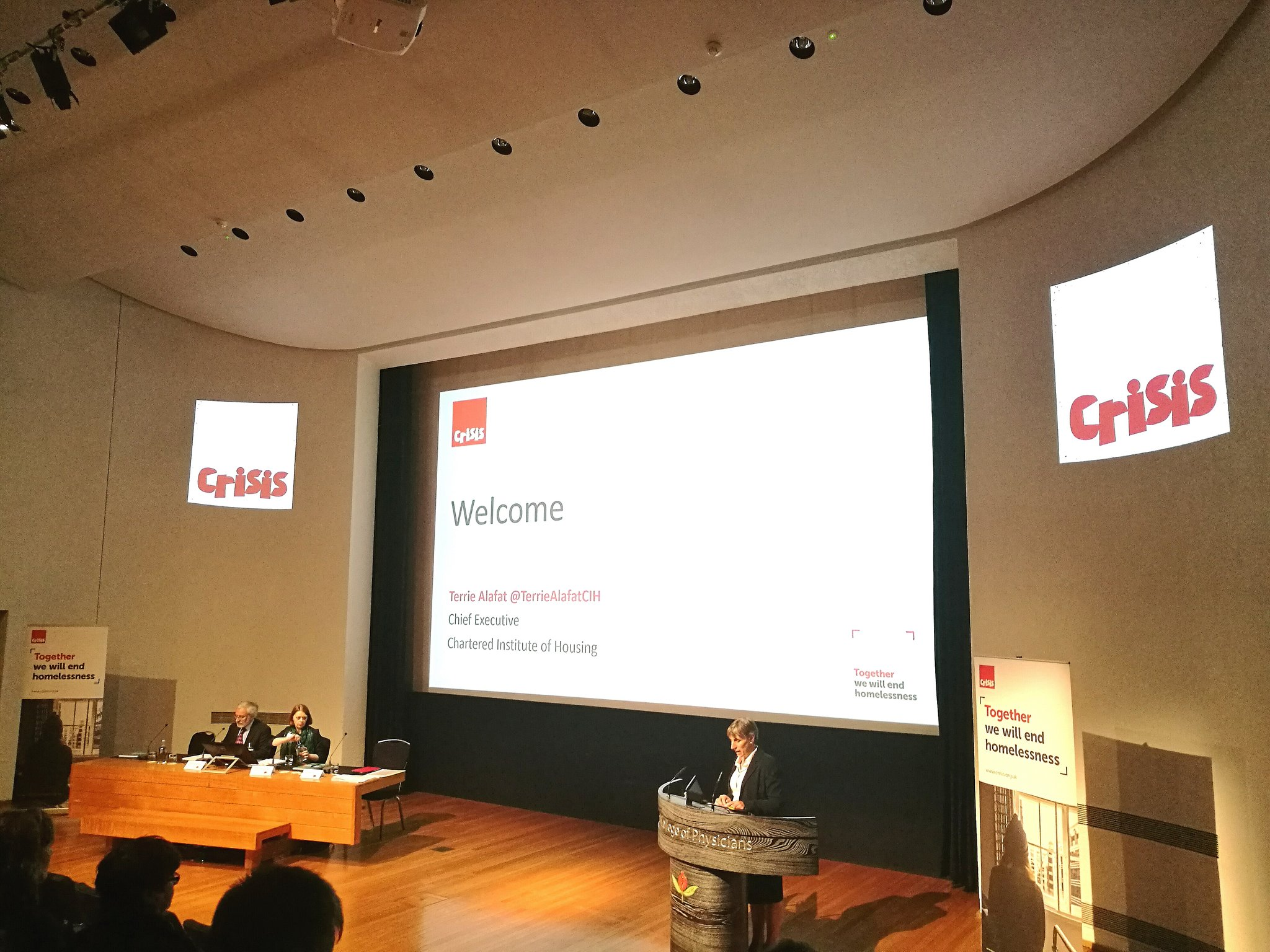 #CrisisConf kicks off with @TerrieAlafatCIH challenging us to actually win this battle to end homelessness. A challenge we need to rise to. https://t.co/IWDRvXZZTM