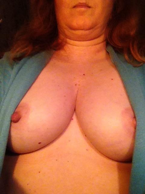 Nude Selfie 11080