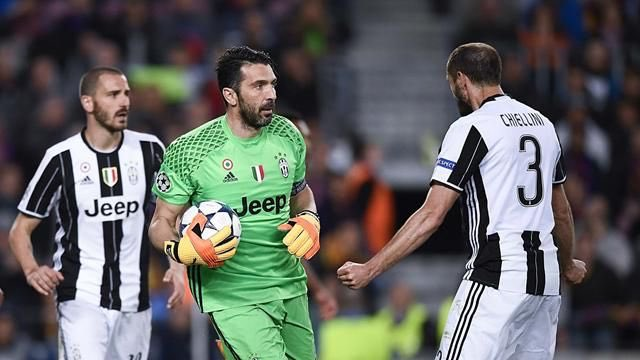 Trump used material made in Italy to build his wall.  #Juventus #Bonnuci #Buffon #Chiellini #UCL #Trump<br>http://pic.twitter.com/lPA1ZoX2Ls