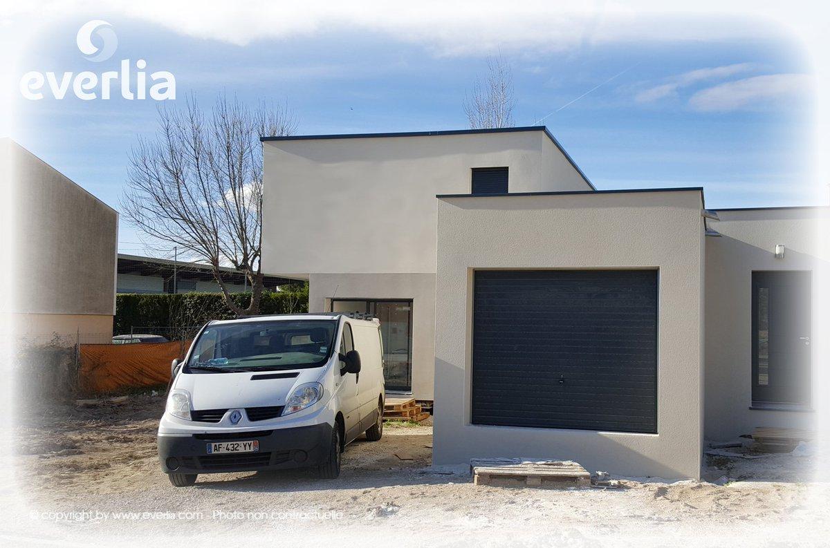 Ma maison container best plan de maison m chambres plan for Container maison permis
