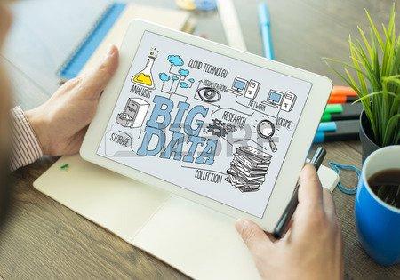 Cresce il mondo dei #BigData e #IOT. Entro il 2020 nel #mondo ci saranno 50 miliardi di apparecchi connessi #innovazione #startup #business. https://t.co/A97yAZPHNL
