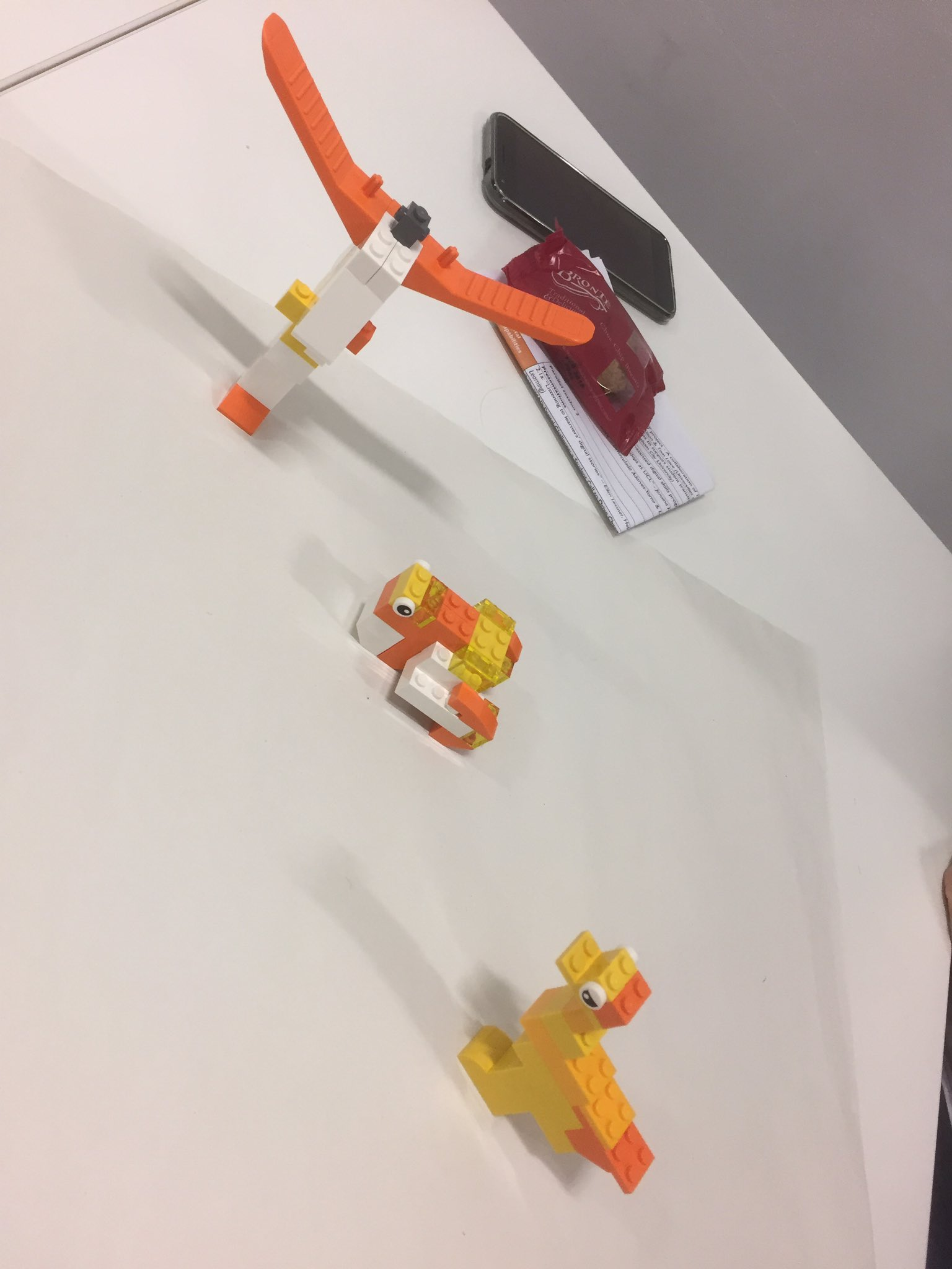 Prize for the most creative Lego build goes to @marcuselliott for his T&L duck & angel of the south for @Jisc #digitalstudent #jiscCAN17 https://t.co/DMnSC05w2f