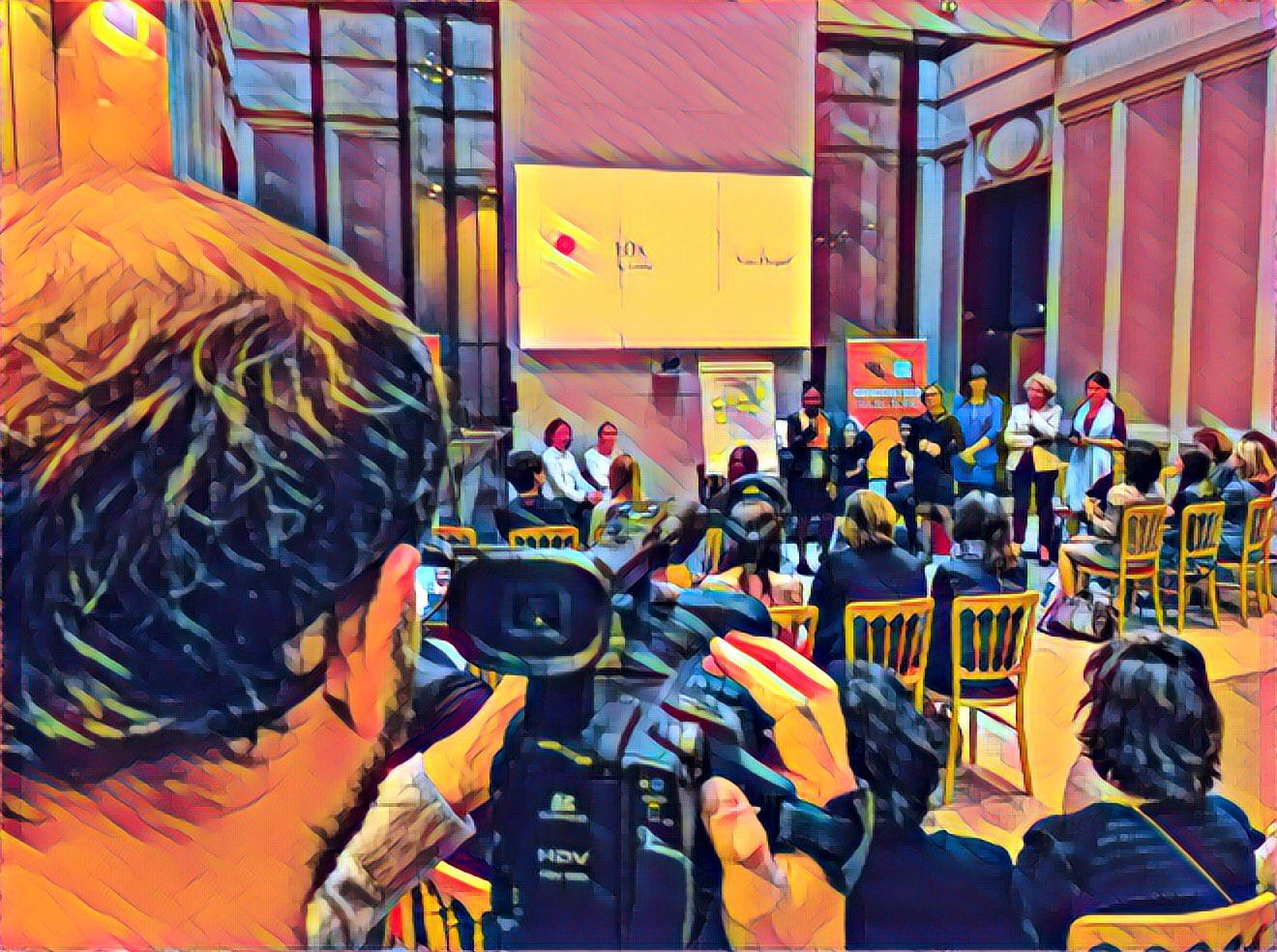 Les rencontres trajectoires en mode #evenementaugmenté #ArtOfSwitch https://t.co/h8wdjq8wJA