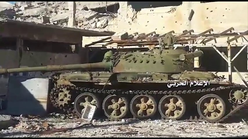 Abandoned / destroyed tanks (and 1 BMP-1) in Zabadani
