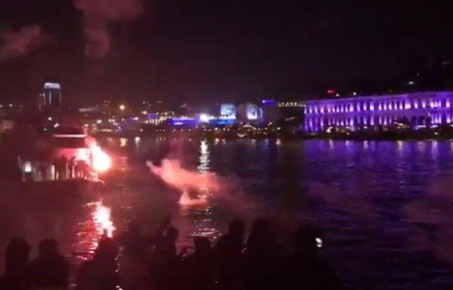 """#Istanbul""""#LigueEuropa: Feux d'artifice, pétards, mégaphone... Les supporters de #Besiktas ont mis le boxon pour acceuilir #Lyon."""" @OLpic.twitter.com/HkI4YTwYO8"""