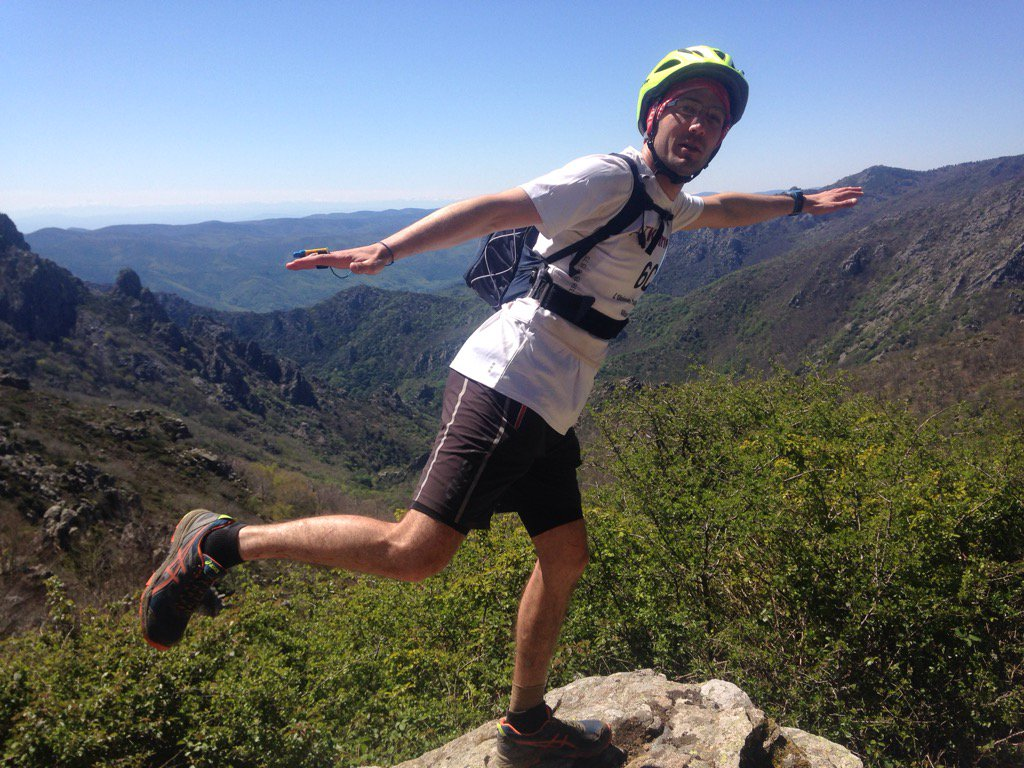 I believe I can fly!! #teamAllianz #RaidCS <br>http://pic.twitter.com/pR7pqkZLFd