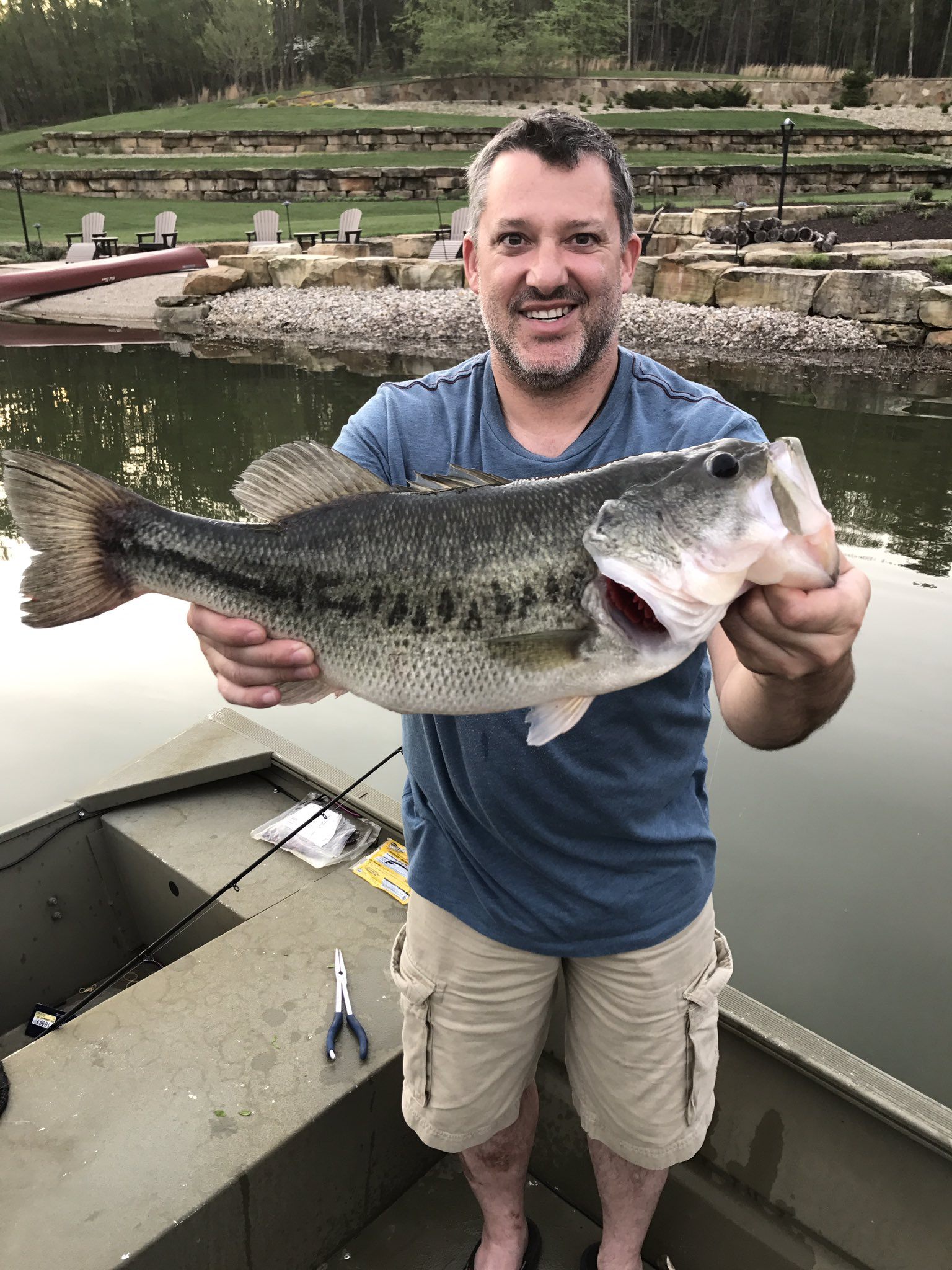 Tony stewart on twitter caught my first fish of the year for Fish daddy s