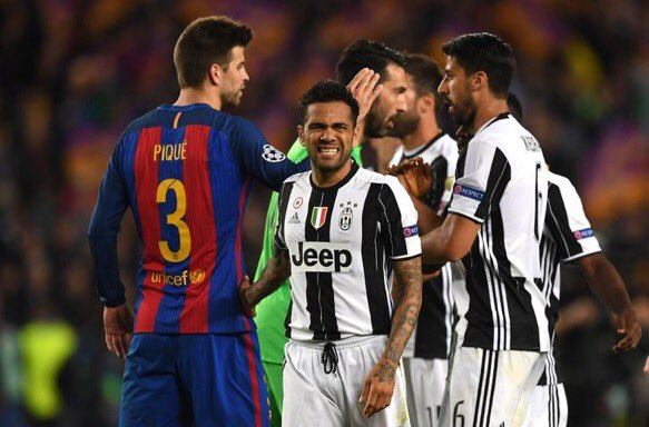 Dani Alves: &quot;I am happy, but frustrated for my friends of my former club. It was hard to play against Barcelona&quot;  #DaniAlves  #ForcaBarca <br>http://pic.twitter.com/HVPgANyrpG