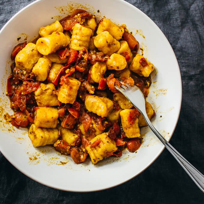 2-ingredient sweet potato gnocchi (vegan)