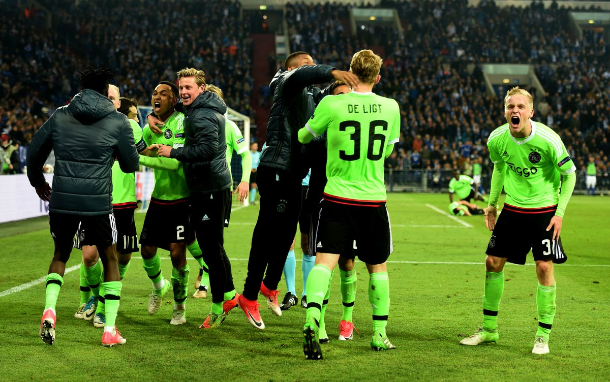 Video: Schalke 04 vs Ajax