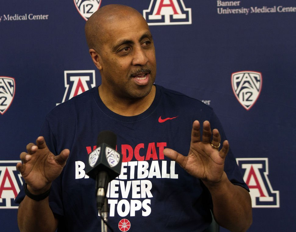 New Arizona Wildcats assistant Lorenzo Romar 'not here to run things' https://t.co/zgB8dL3uXO
