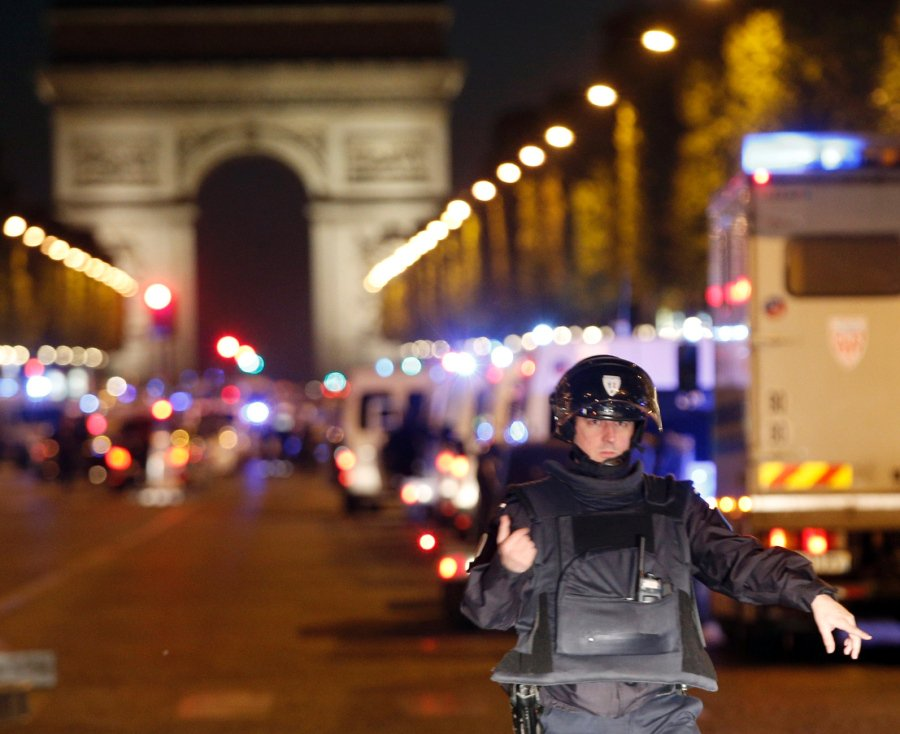 #ISIS #Belgium #Paris #ChampsElysees #Quran #Terrorisme #MFGA #MAGA  Other #French #Police #granted the #terrorist his #wish for #martyrdom.<br>http://pic.twitter.com/BwAVqmHiDQ