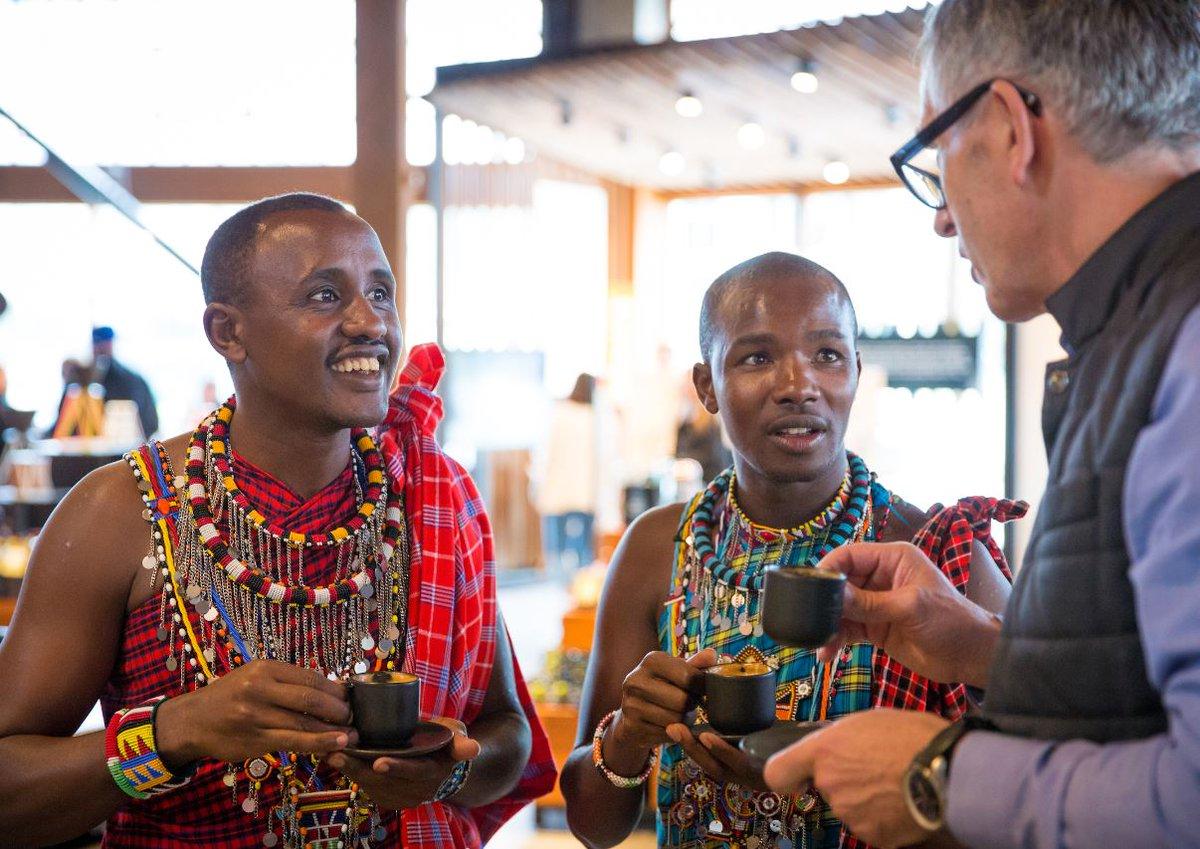 Video: Maasai Warriors visit the @SBUXRoastery https://t.co/GQGNIfKeg2
