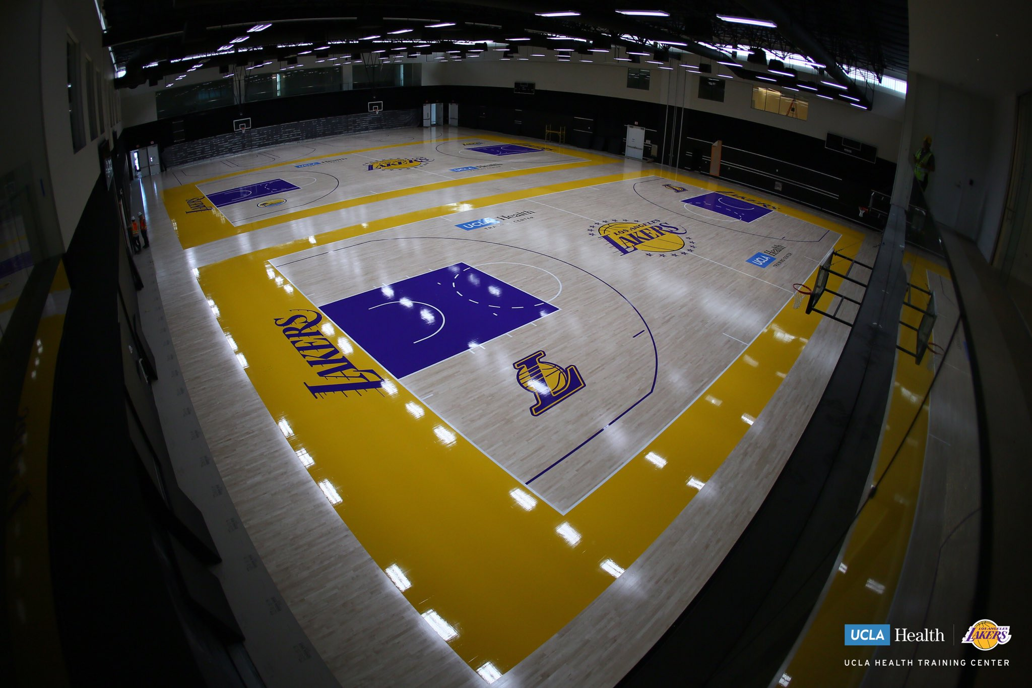 Not one, but two courts with the freshly painted purple and gold. #TeamUCLALakers https://t.co/VxTwERMsT6