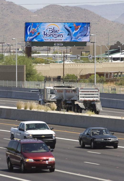 AZ lawmakers advance legislation to allow electronic billboards near Bullhead City https://t.co/9cFrTiTf89