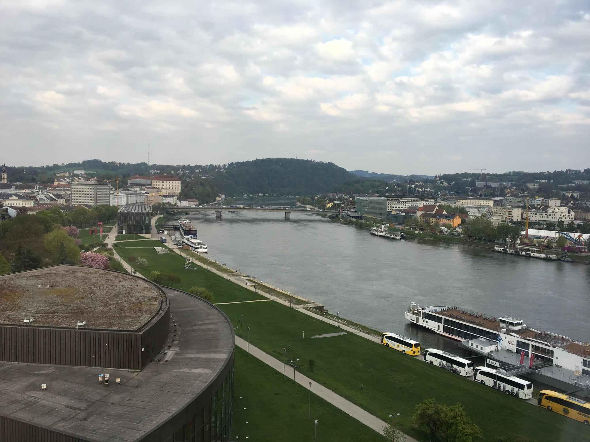 Guten Morgen Linz. Guten Morgen @ABCstar_at #meurers #abcstar https://t.co/SGVHPQem6F