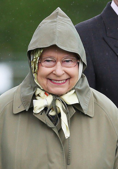 Happy 91st to my fave xo #queensbirthday <br>http://pic.twitter.com/eyE9RDkRRG