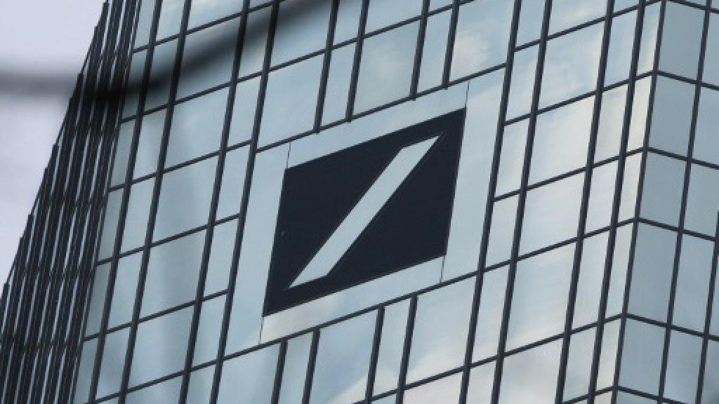 US Fed fines Deutsche Bank over forex, oversight failures https://t.co...