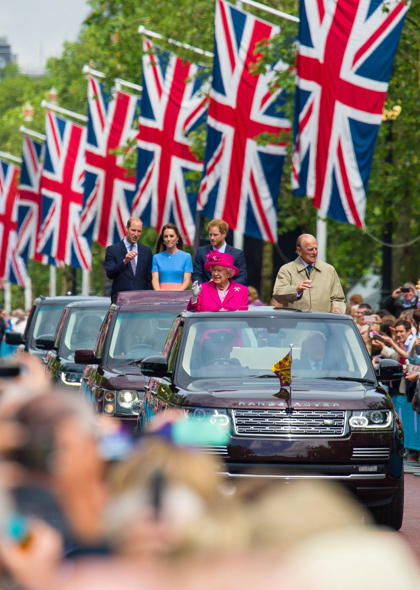 Wishing Her Majesty The Queen a very Happy 91st Birthday today.  #Quee...
