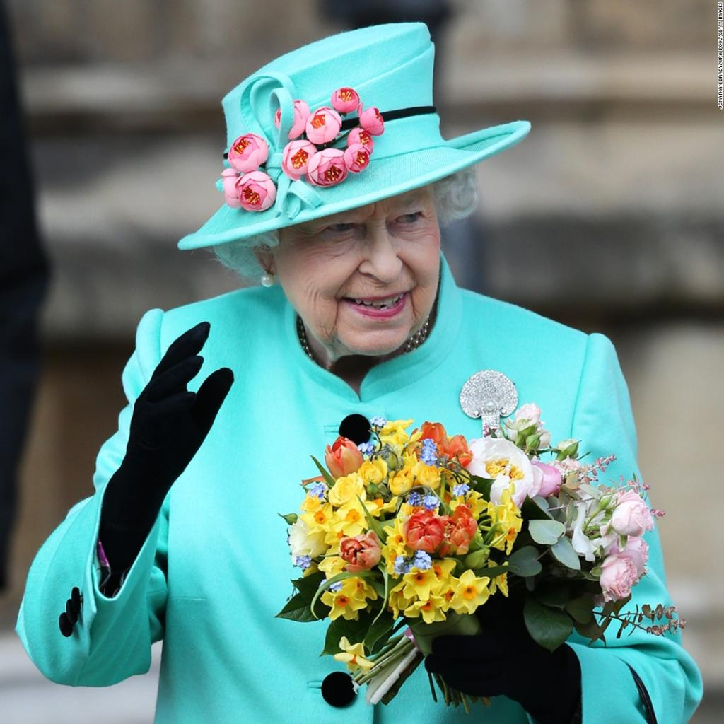 Happy birthday, Queen Elizabeth II. The British monarch turns 91 today.  https://t.co/8wSB7J492W