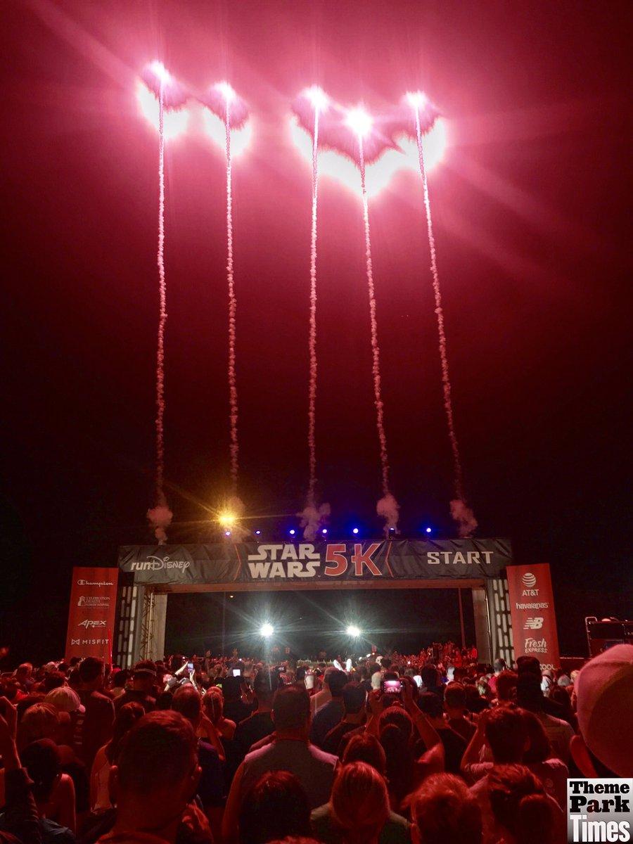 #WaltDisneyWorld: #StarWars5K has begun 6am today at #Epcot, part of #StarWarsHalf Marathon Weekend! #MayTheCourseBeWithYou! #runDisney<br>http://pic.twitter.com/tIdVpcbhCI