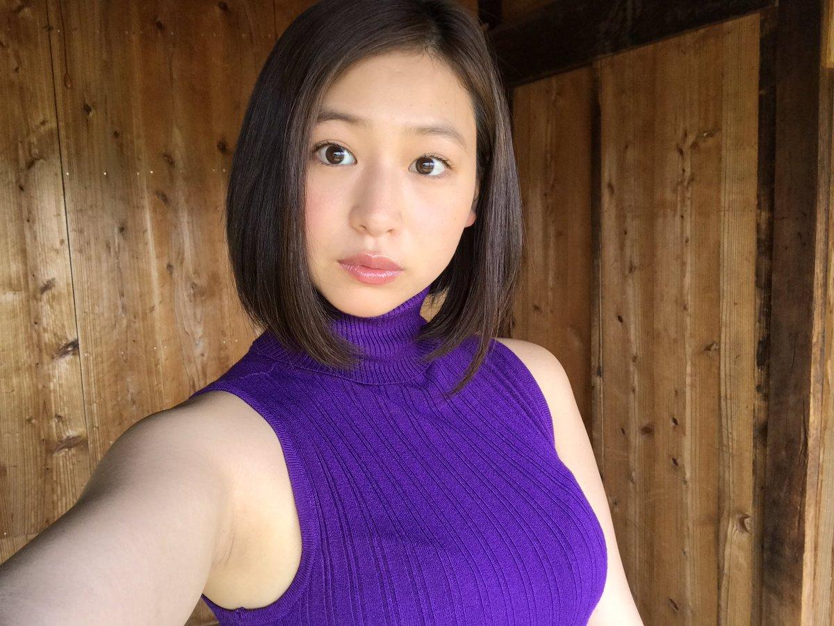 佐山彩香さんのポートレート