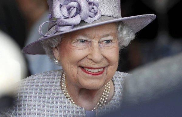 Happy 91st Birthday Queen Elizabeth II! #QueensBirthday #HappyBirthdayHerMajesty #Queenat91 https://t.co/bPdvoThQpG