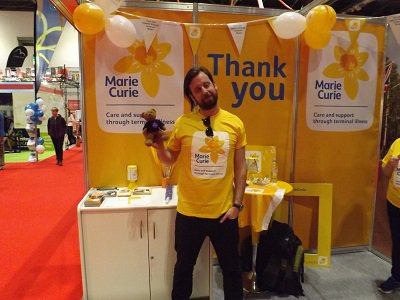 Lovely to meet @mariecurieuk at the #Expo for @LondonMarathon #charity<br>http://pic.twitter.com/Xoo0vemAaw
