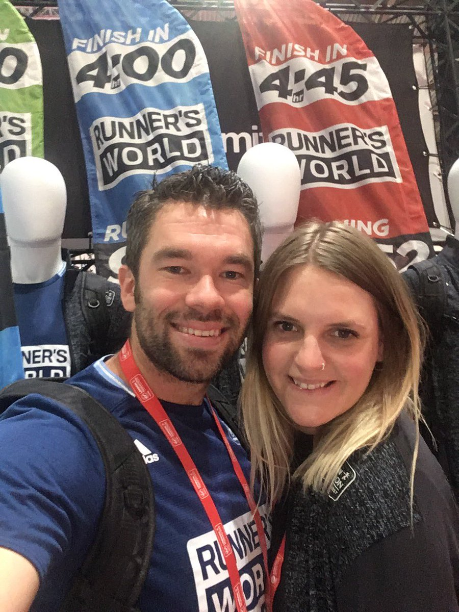Checking out the @runnersworlduk stand #RWPacers https://t.co/QlUVV9bRK6