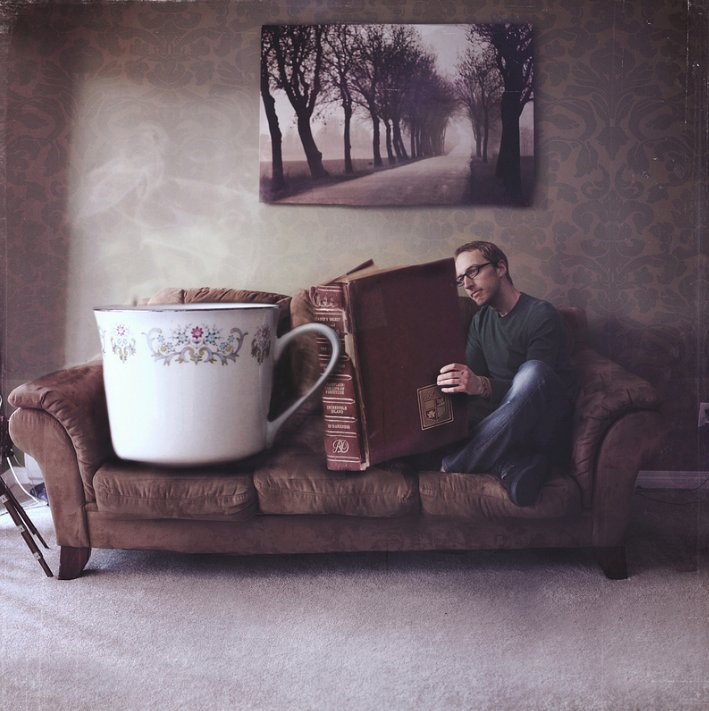 &quot;You can&#39;t get a cup of tea big enough or a book long enough to suit me.&quot; — C. S. Lewis #nationalteaday #fridayreads Credit: Joel Robison <br>http://pic.twitter.com/lLfYhNJLQF