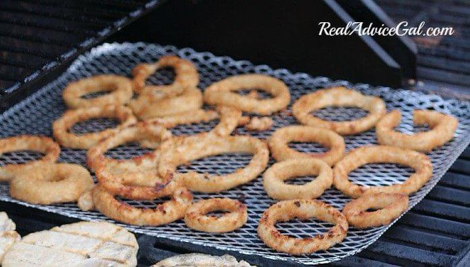 Yummy grilled onion rings