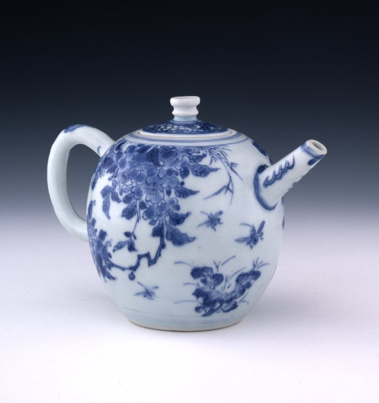 On #NationalTeaDay, here are some terrific teapots from around the wor...