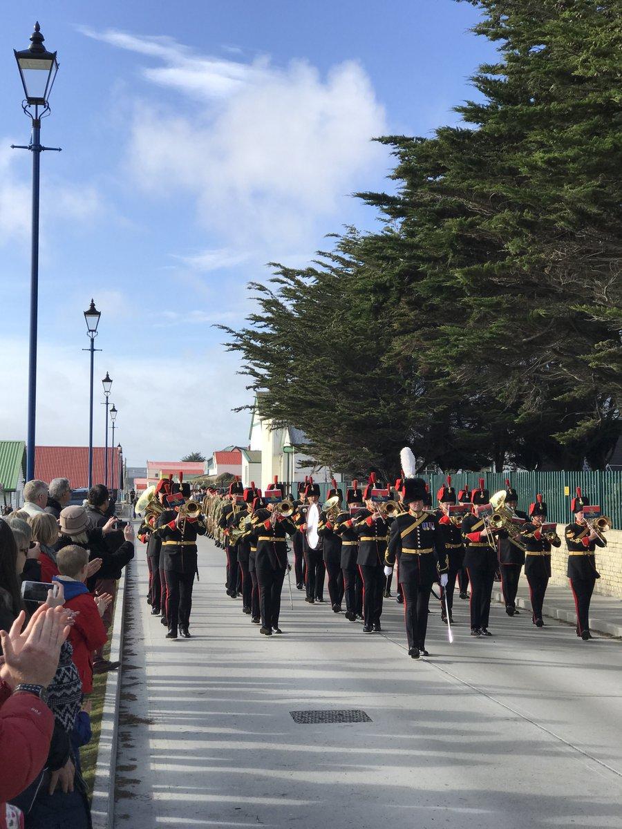 RT @FalklandsGov: #Queensbirthday #parade 21 gun #salut #flypast in #Stanley #Falklands @DefenceHQ @foreignoffice https://t.co/jxk8TPEEjH