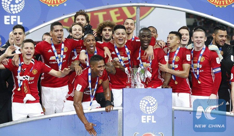 #ManchesterUnited Football Club @ManUtd becomes world&#39;s highest revenue-generating #football club in 2015-2016  http:// xhne.ws/NYTpZ  &nbsp;  <br>http://pic.twitter.com/G5hcFkXwgd